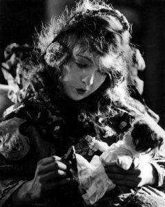 Broken Blossoms (1919) 4