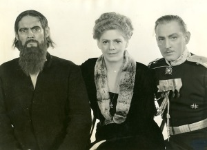 rasputinthe-three-barrymores-as-rasputin-alexandra-and-chegdieoff
