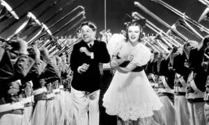 strike-up-the-band-mickey-rooney-judy-garland-1940