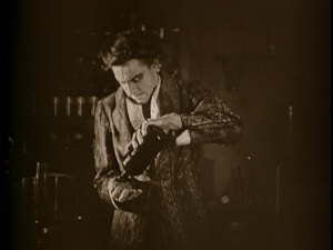 dr-jekyll-and-mr-hyde-1920-silent-film-john-barrymore-image39