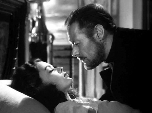 Ghost-and-Mrs-Muir-Gregg-says-goodbye