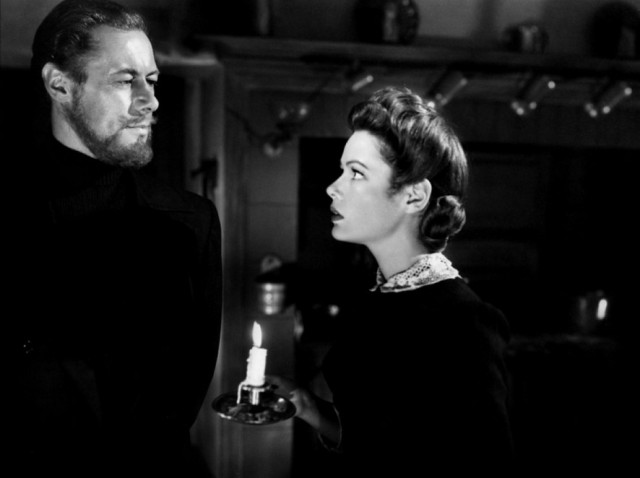 Ghost-and-Mrs-Muir-kitchen-meeting