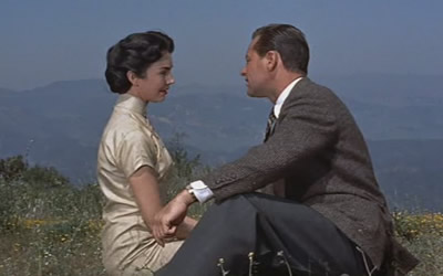 jennifer-jones-e-william-holden-love-is-a-many-splendored-thing-screenshot-7