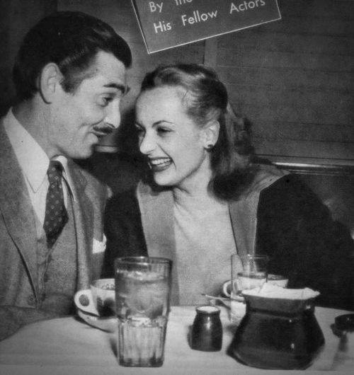 Who is carole lombard dating right now?