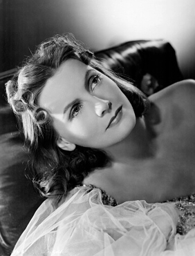 Greta_Garbo_-_Ninotchka_1939