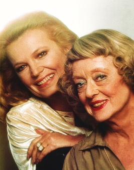 Gena-Rowlands-Bette-Davis-in-Strangers-The-Story-of-a-Mother-and-Daughter