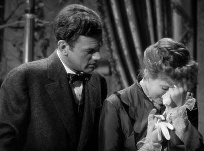 Gaslight 1944 86 Joseph Cotten, Ingrid Bergman
