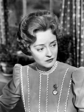 the-corn-is-green-bette-davis-1945